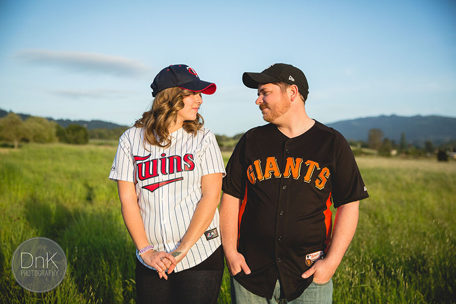 12-Fun Unique Engagement Pictures