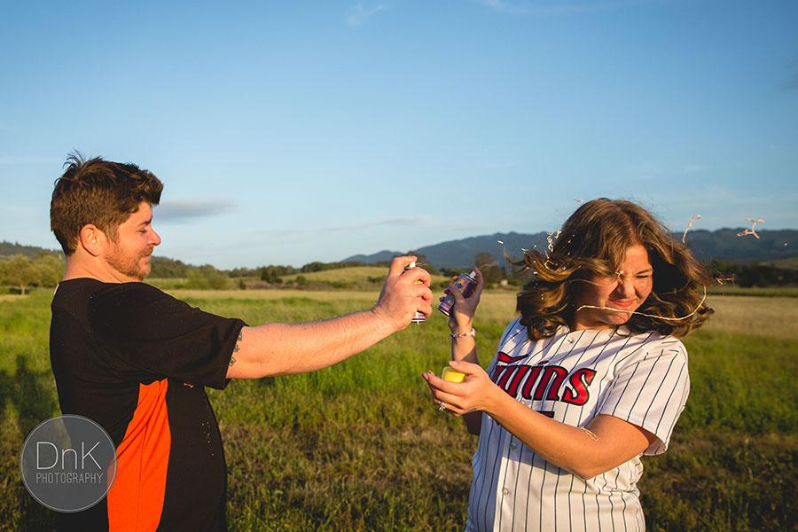 14-Fun Unique Engagement Pictures