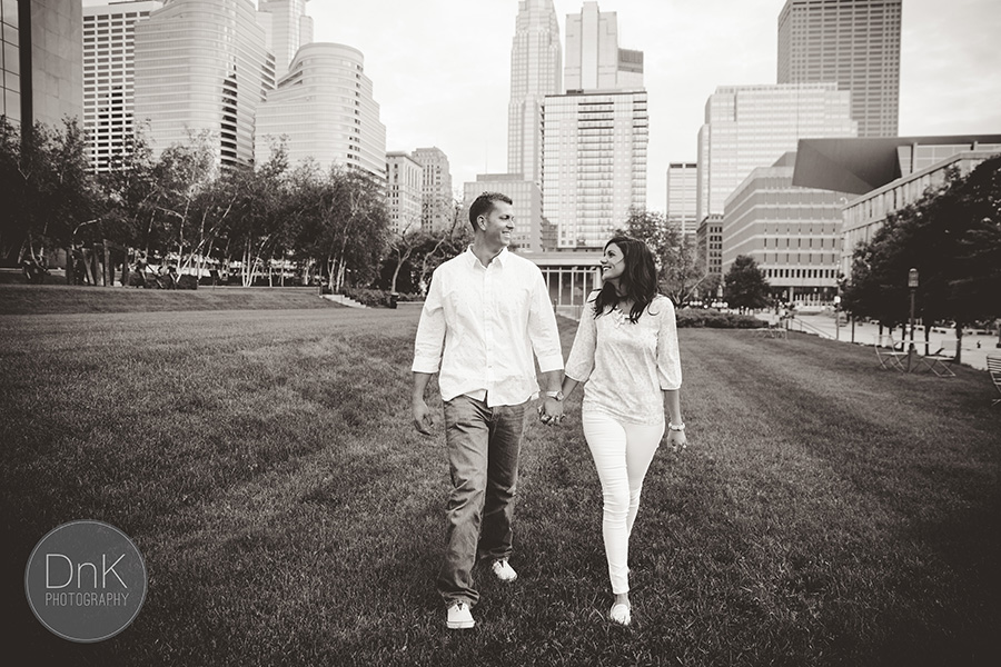 08_Downtown Minneapolis Engagement Session Photographers