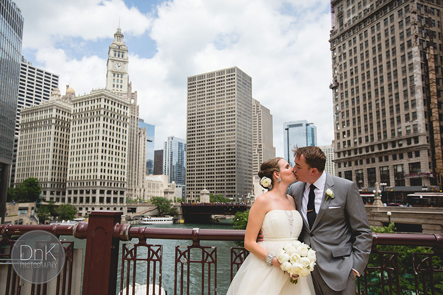 12 Chicago Wedding Photographer Downtoan Cly