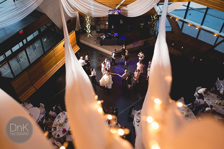 51_Minneapolis Wedding Photographer McNamara Alumni Center Wedding
