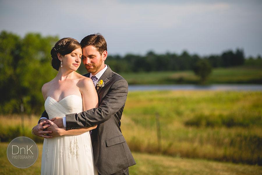 26_Wisconsin Farm Wedding Photographers Wisconsin Rustic Wedding