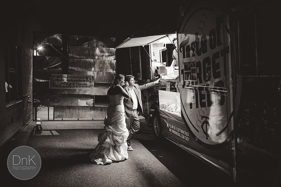 37_Warehouse Winery Wedding Photographers Minneapolis