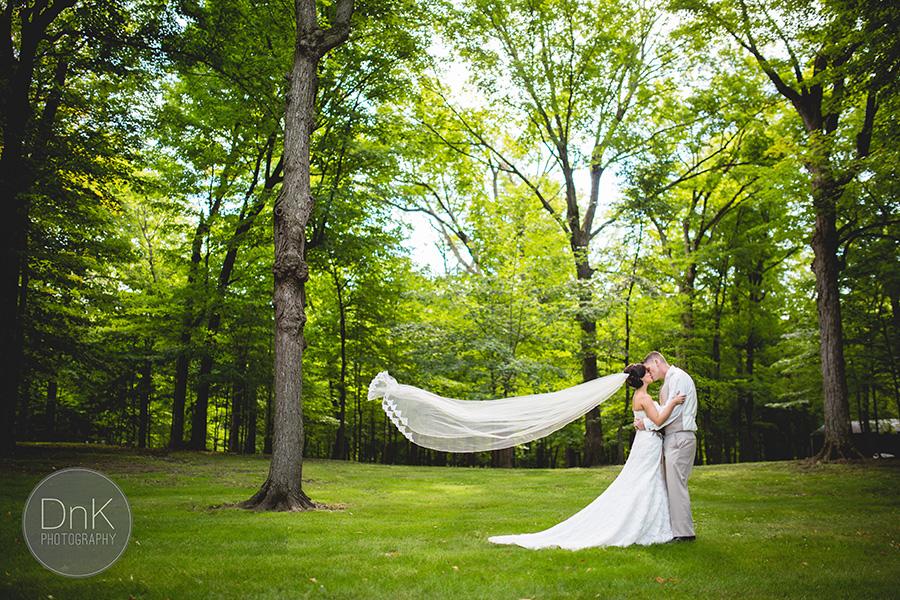 08_Liz and Glenn Minnesota Barn Wedding