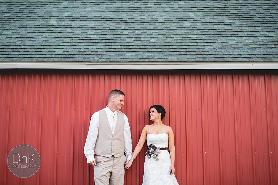 27_Liz and Glenn Minnesota Barn Wedding