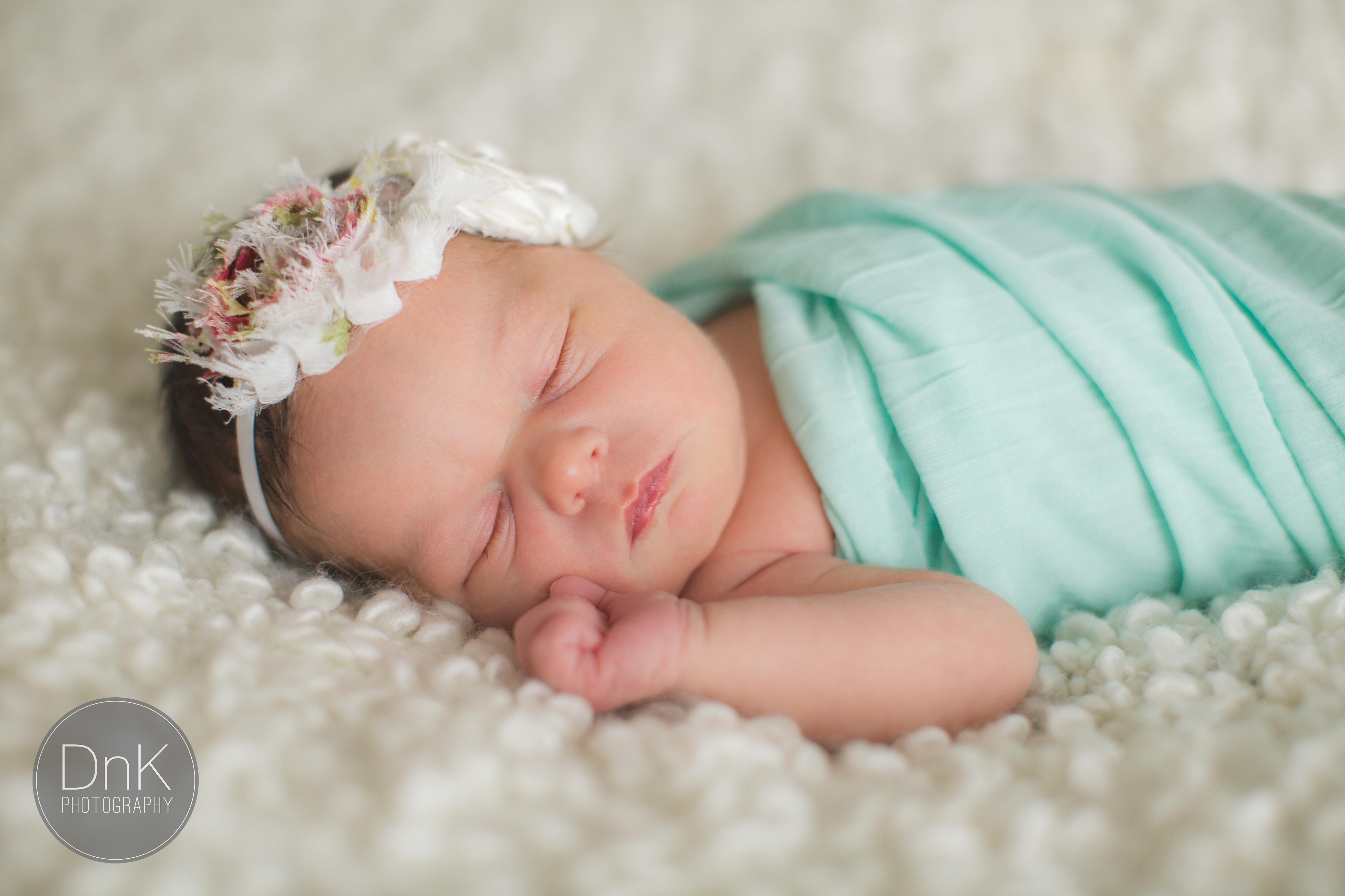 13_In Studio Newborn Pictures Minneapolis