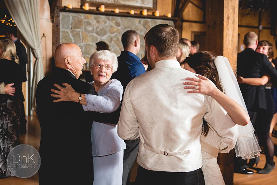 41-Hope-Glen-Farm-Barn-Wedding