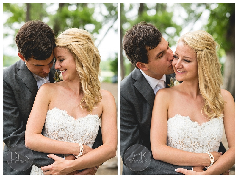 0016- Outdoor Wedding Pictures Minneapolis Park