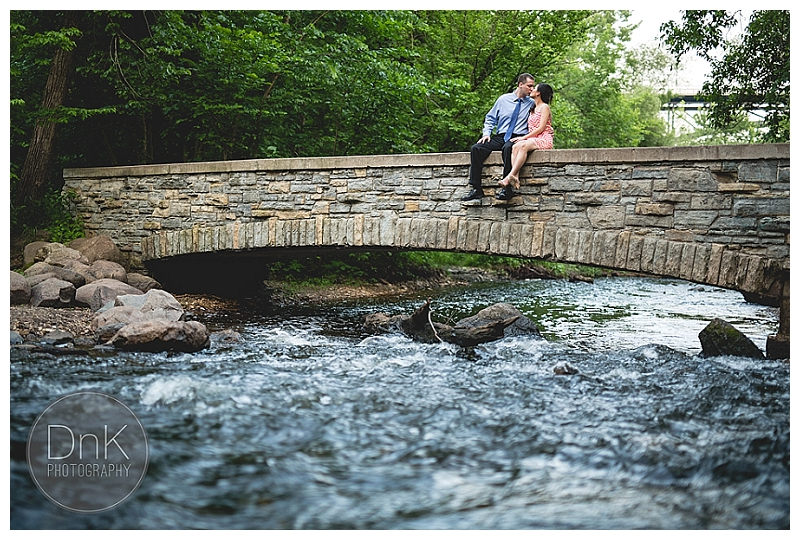 0069-Minnehaha Falls Engagement Session