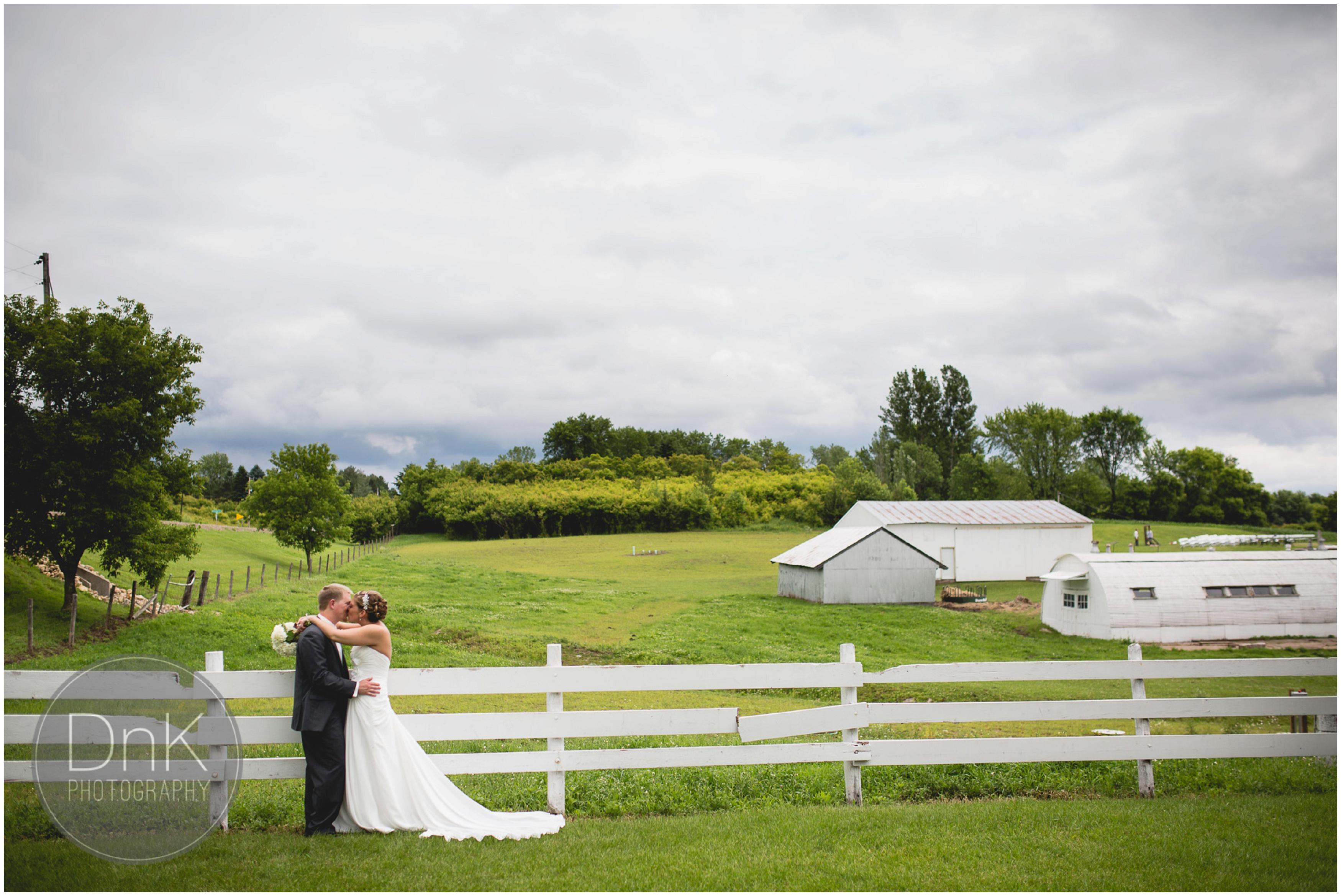 09- Dellwood Barn Wedding Photographer