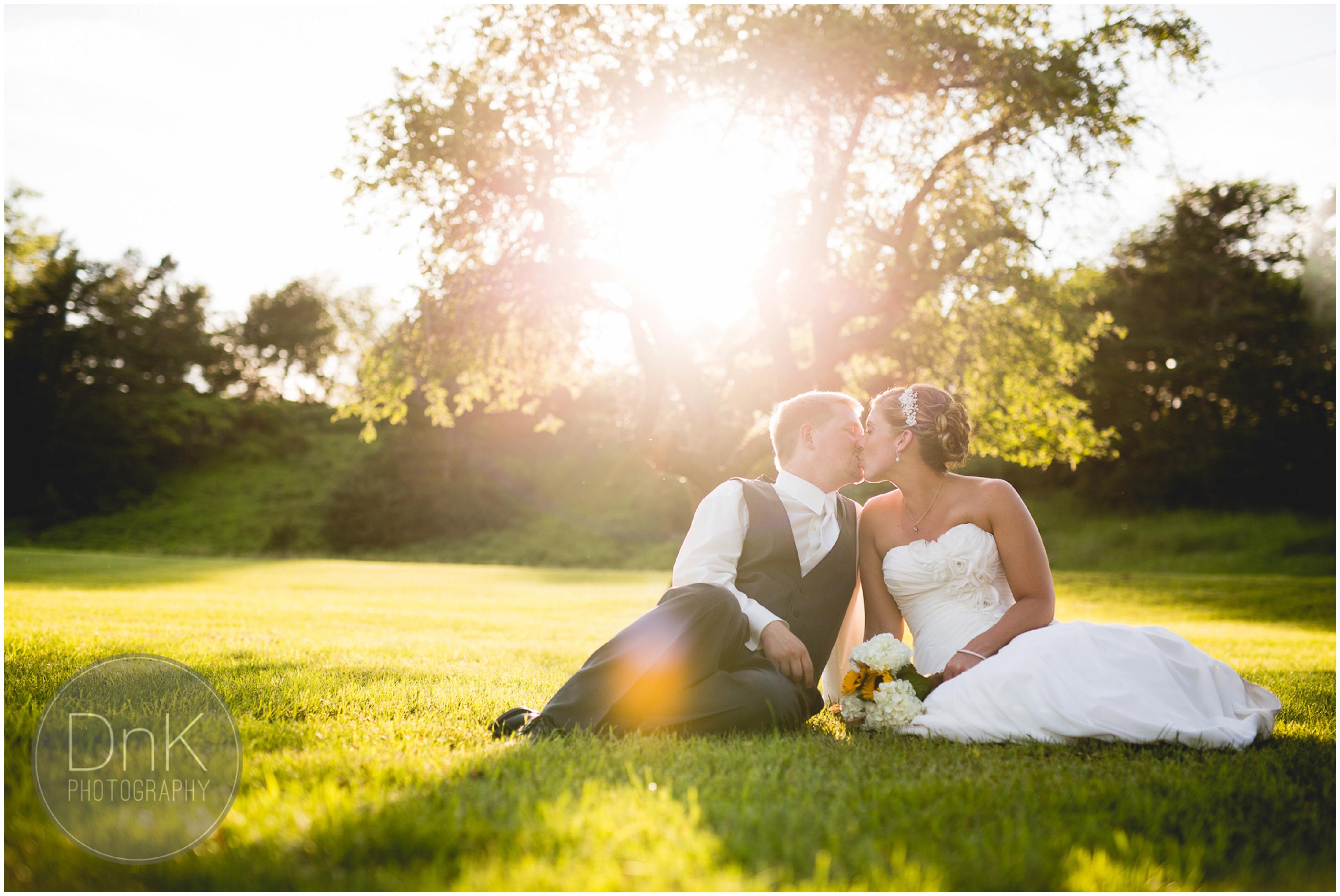 40- Outdoor Wedding Pictures
