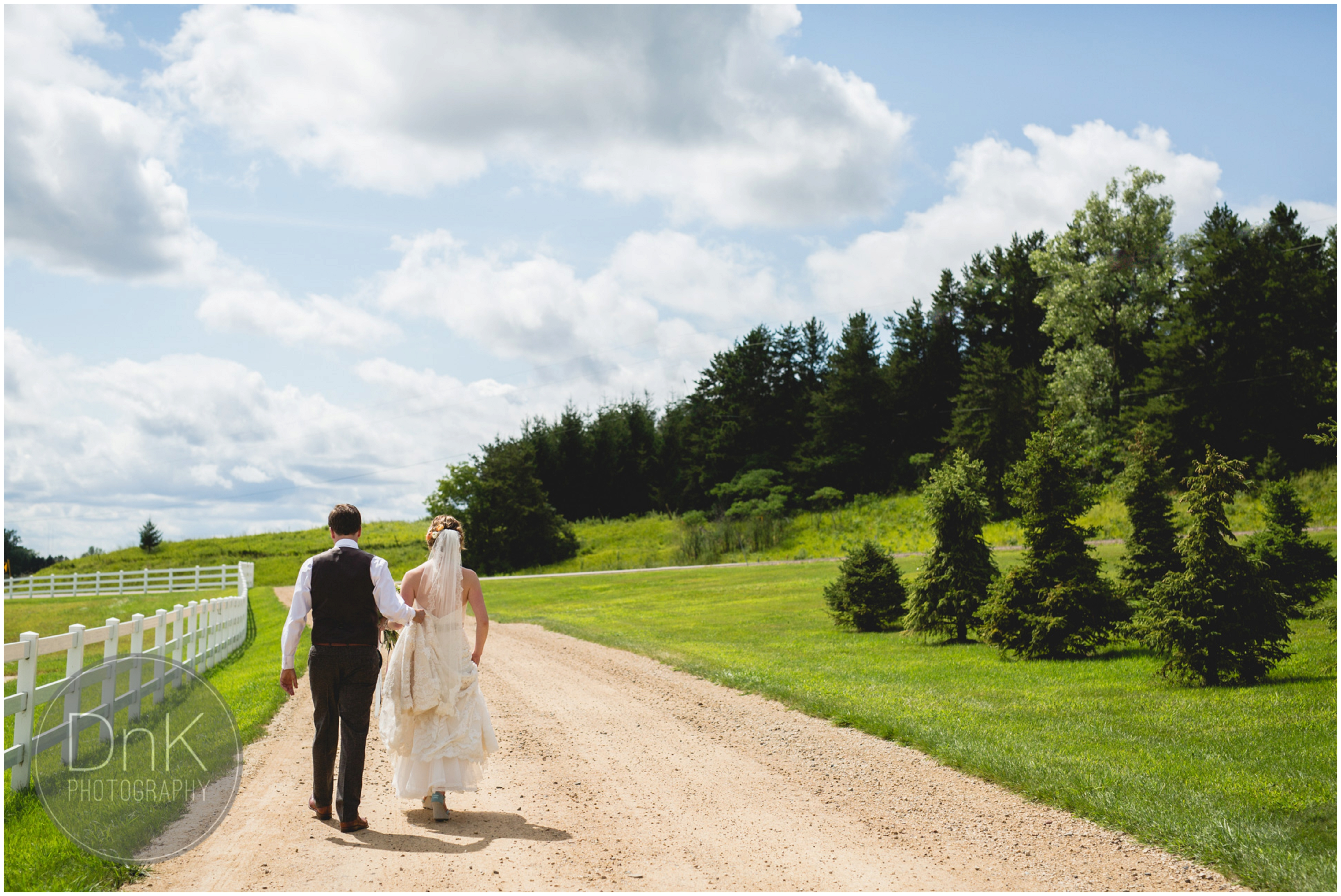 18 - Farm Wedding Pictures