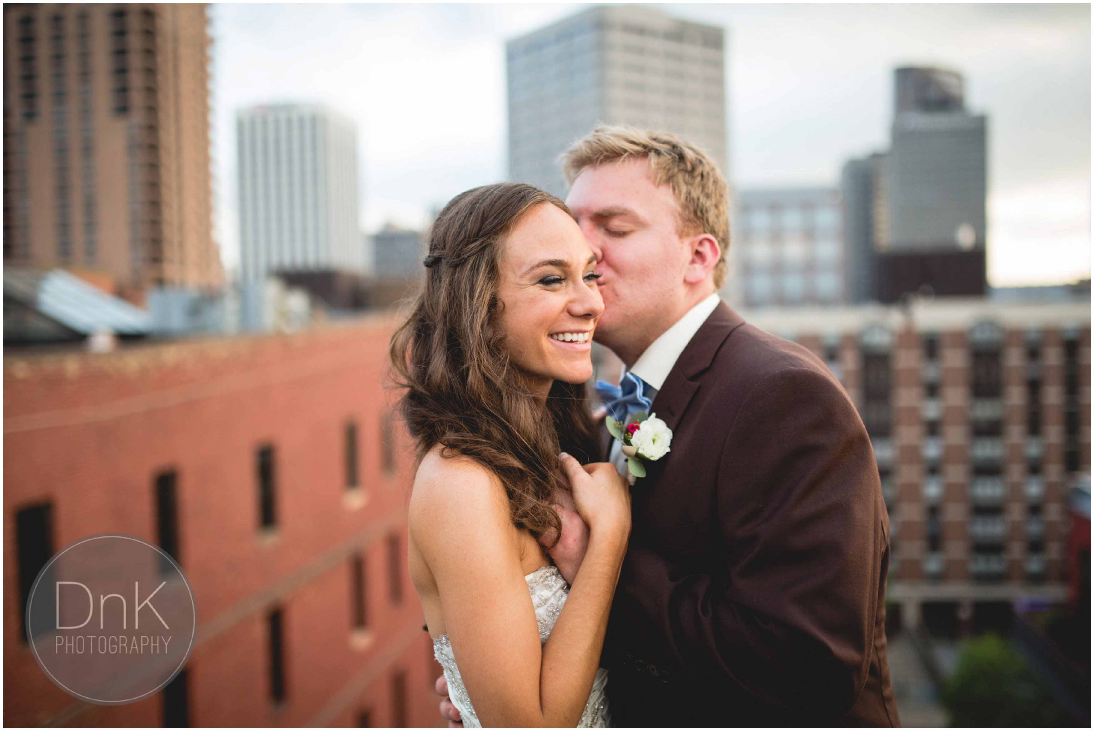 31 - 413 on Wacouta Wedding Pictures Rooftop Wedding Pictures Minneapolis Wedding Photographer