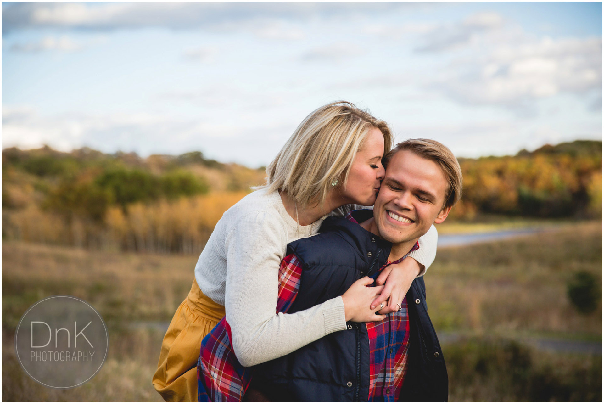 03-Fall-Engagement-Minnesota-DnK-Photography