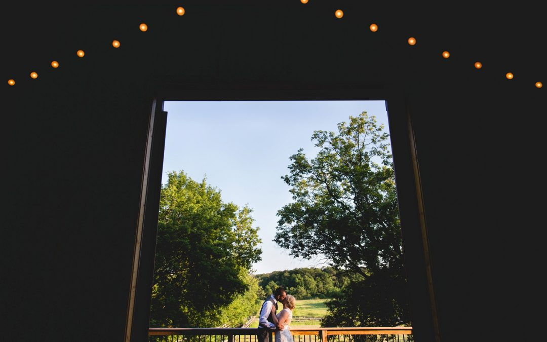 Minnesota Barn Wedding – Asha and Matt