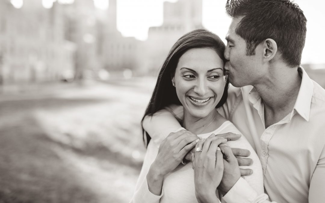Engagement Photos in Minneapolis – Aarti and Vince
